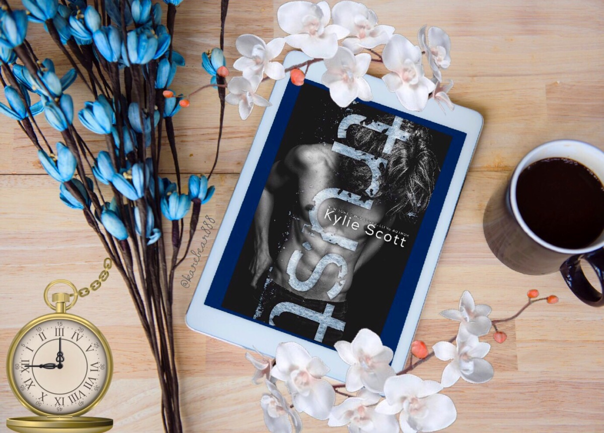 Review - Trust by Kylie Scott